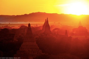 Pagodas on fire, Bagan