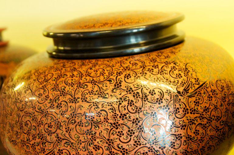lacquerware vessel