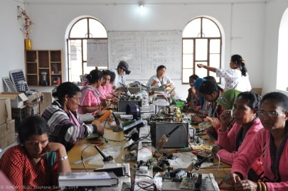 Grandmothers from all over the world building solar cells at Barefoot College