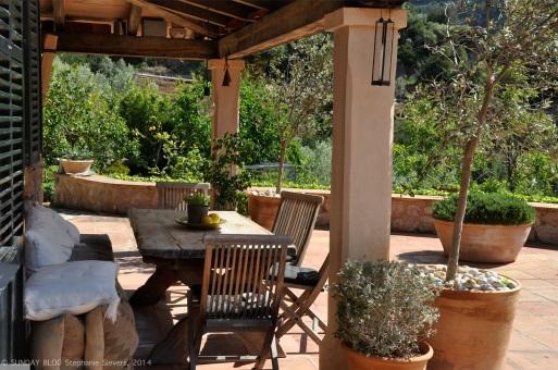 Finca Majorca: Outdoor dining area